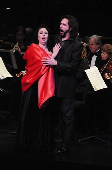 Veronica Villaroel and Fabio Armiliato